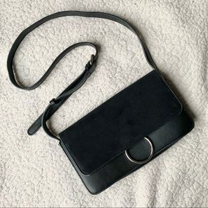 Little Burgundy Black Crossbody Leather Bag